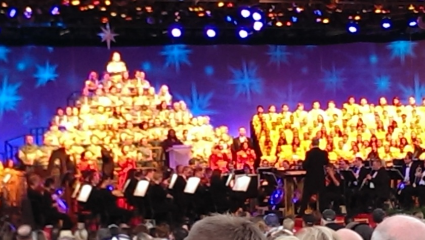 Candlelight Processional Walt Disney Word EPCOT Center America Gardens Theater